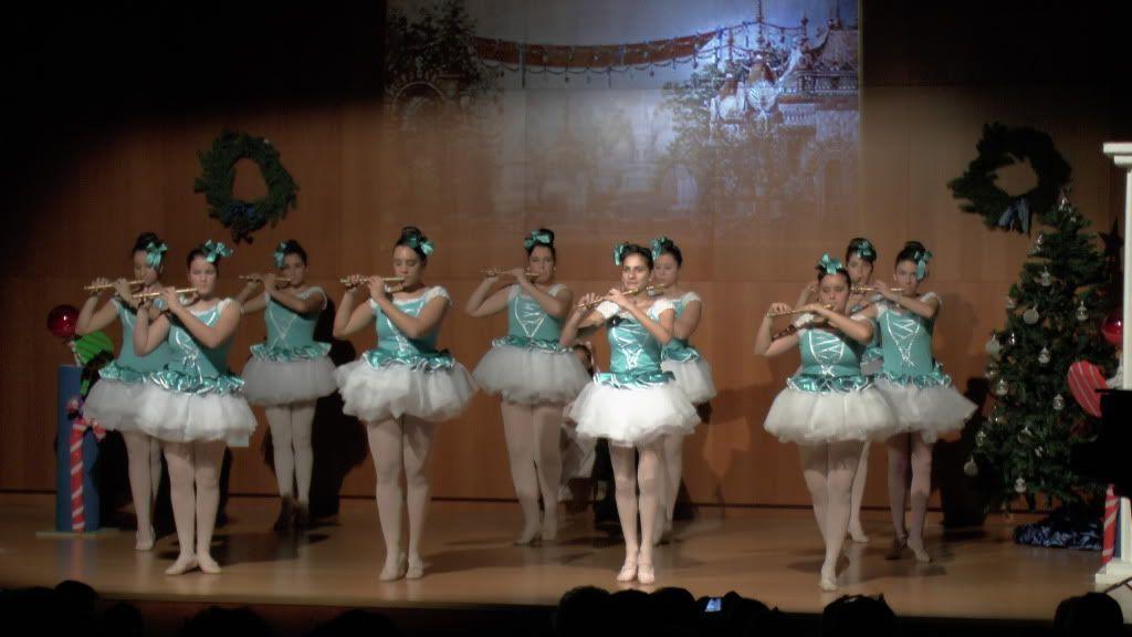 El Cascanueces - Escuela de Danza de Arahal - 2012 S1200059_zps7ec69698