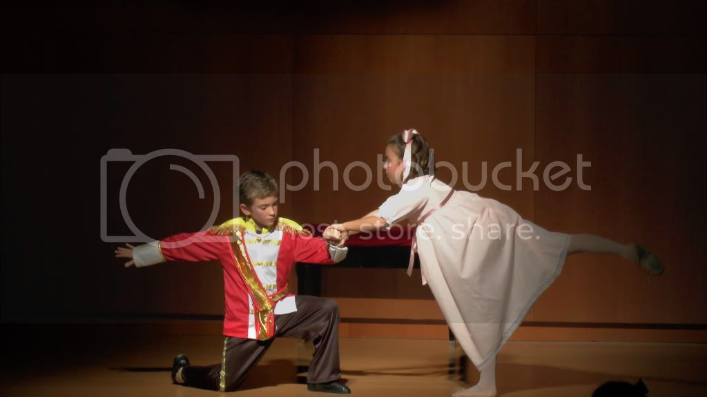 El Cascanueces - Escuela de Danza de Arahal - 2012 S1200069_zps32874cfe