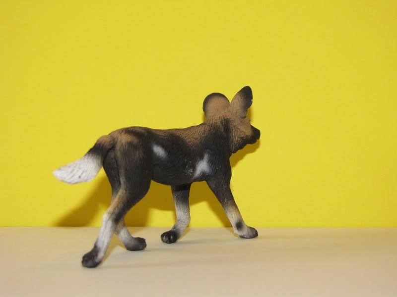 Mojo Fun African wild dog walkaround IMG_5681