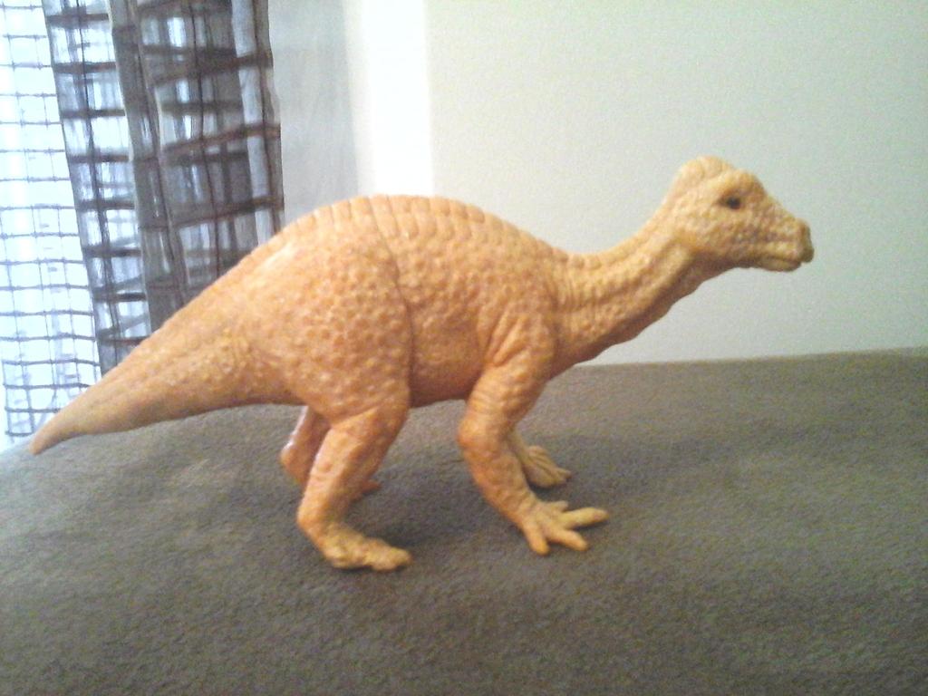 DeAgostini Dinosaurs 20160407_173210_zpstravmazo