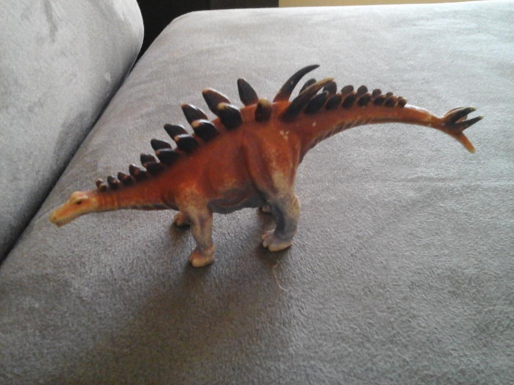 DeAgostini Dinosaurs 20160408_153450_zpszvwotxu6