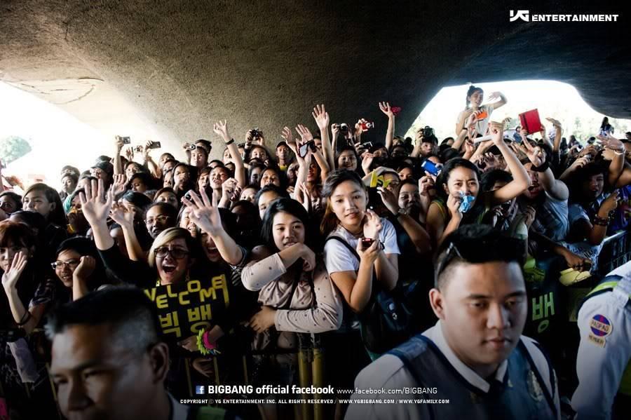 [Pics] Fotos oficiales del Alive GALAXY Tour 2012 en Manila~ Official17