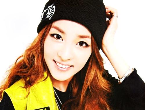Feliz cumpleaños sensualidad coreana *A*  que se autoproclama DARA owó Tumblr_m7jcglleu31r7rvrko1_5001