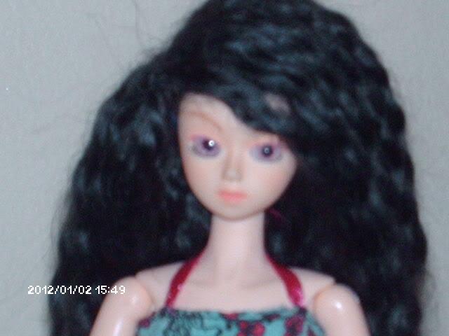 [Obitsu 1/6 Gretel] Abby, Make-up fait, photo bas p.1 DollObitsu020