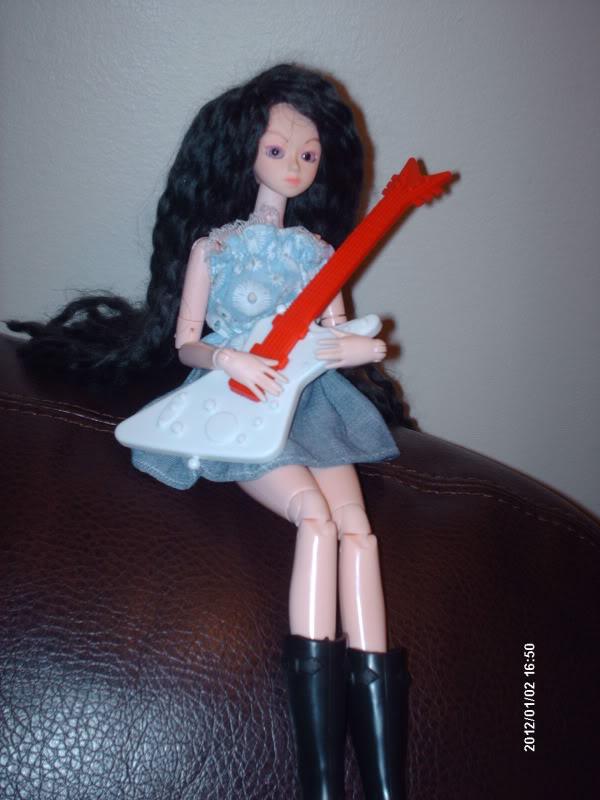 [Obitsu 1/6 Gretel] Abby, Make-up fait, photo bas p.1 DollObitsu039