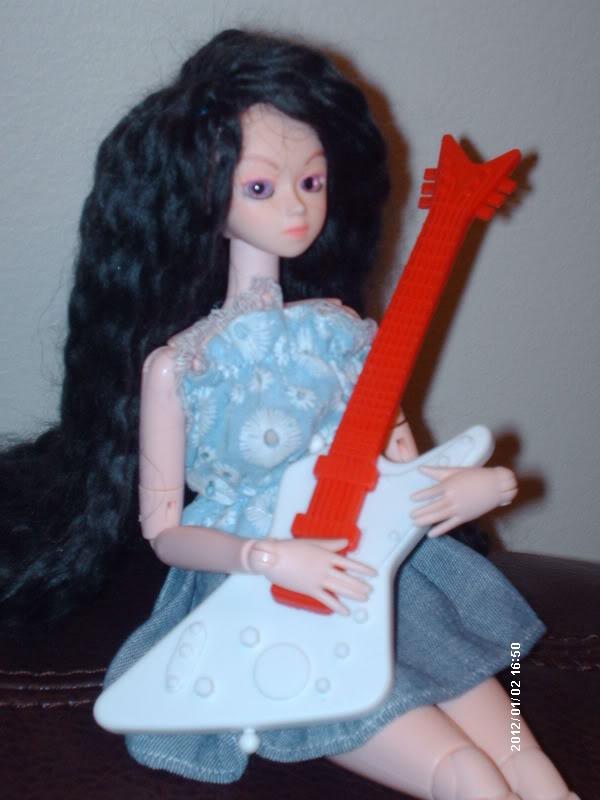 [Obitsu 1/6 Gretel] Abby, Make-up fait, photo bas p.1 DollObitsu040