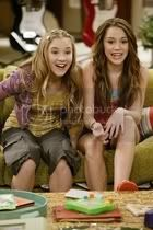 Miley i Emily Emily_osment_1182393308