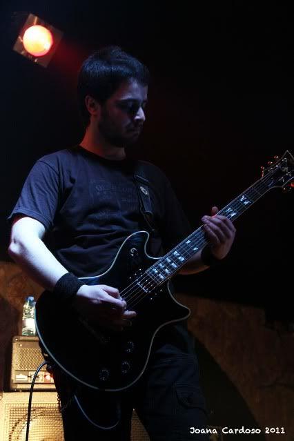 19.03.2011 - Fotoreportagem: Major Label Industries Festival MourningLeonore10