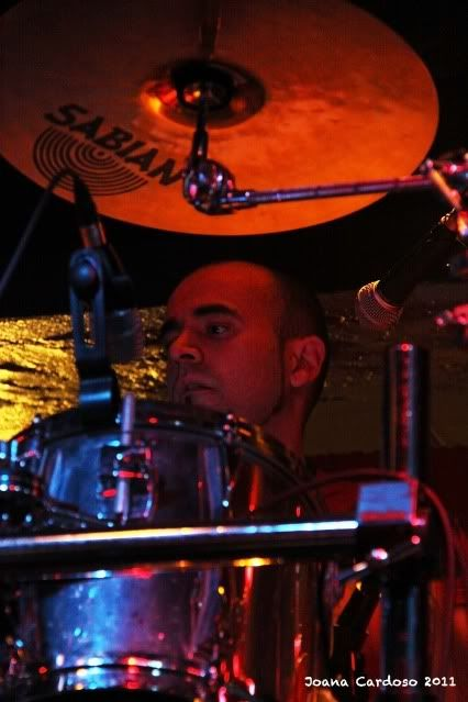 19.03.2011 - Fotoreportagem: Major Label Industries Festival MourningLeonore2