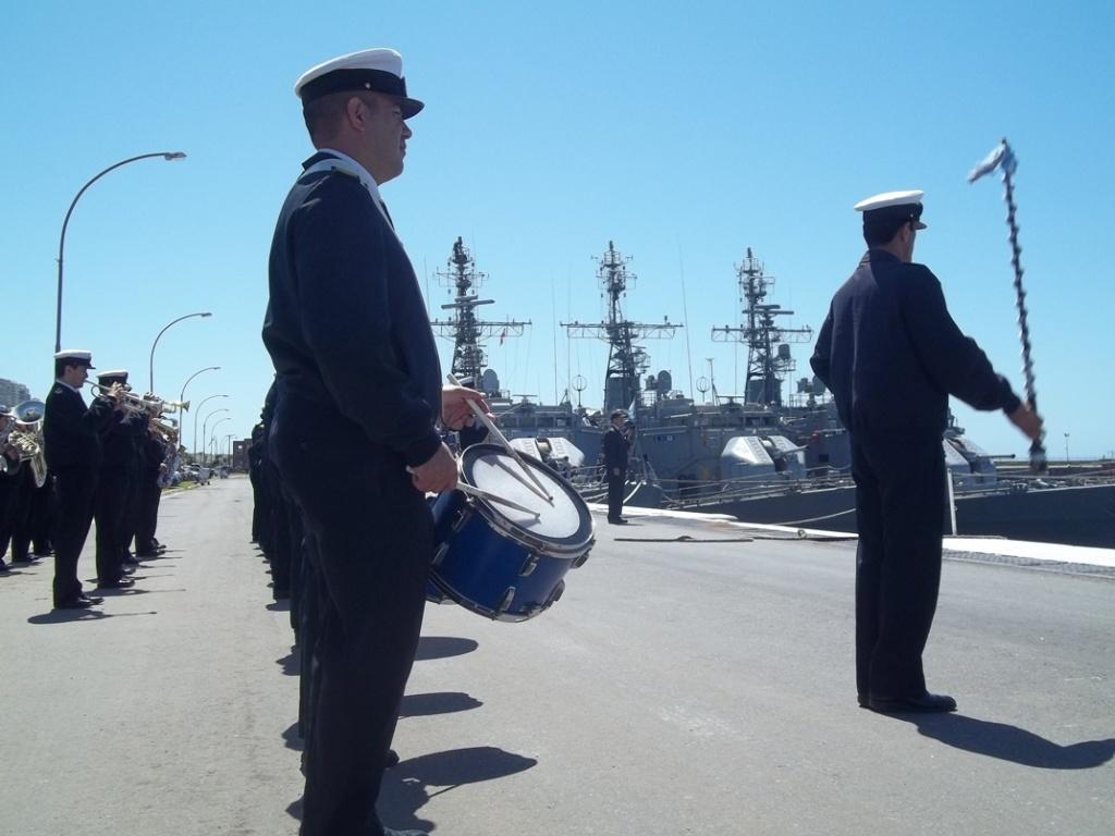 Base Naval Mar del Plata - Visita de unidades de la Marina del Brasil 100_2392_zps6aba43b6