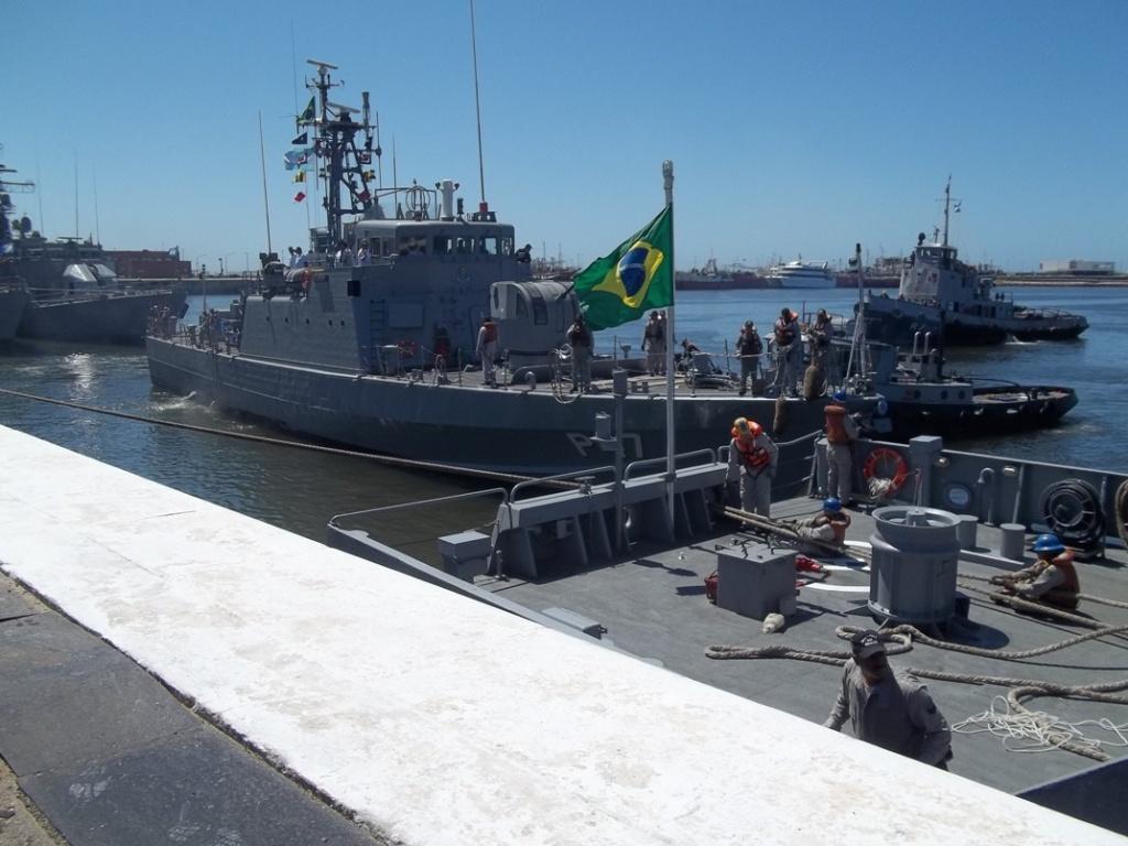 Base Naval Mar del Plata - Visita de unidades de la Marina del Brasil 100_2396_zpsd4ee717a