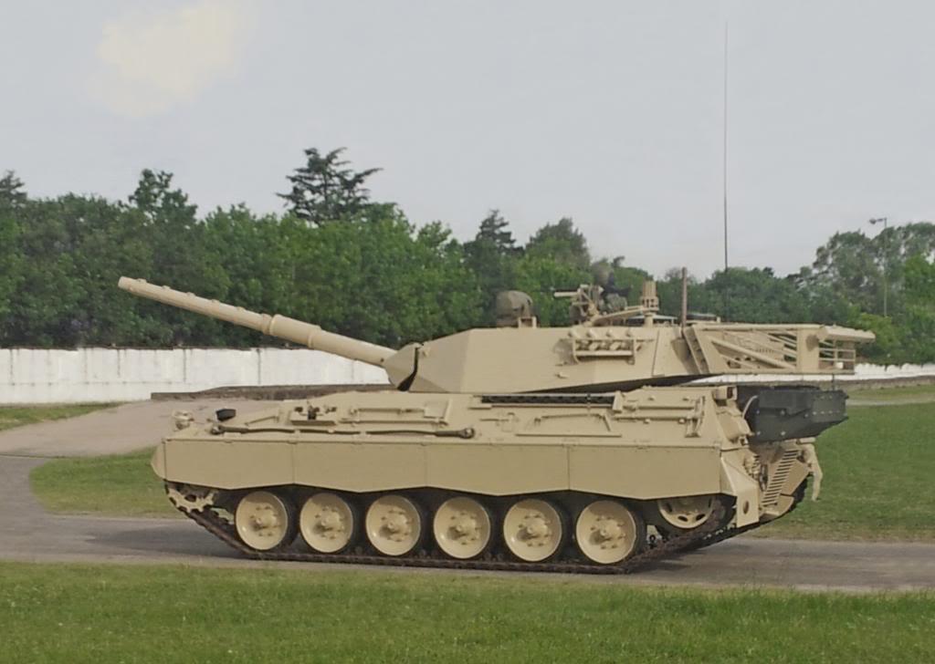Imagen del prototipo TAM modernizado TAM2C1_zps7004deb6