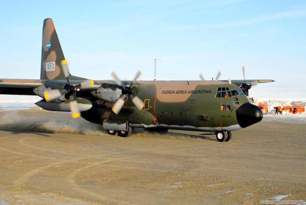 Boletín de noticias de los C-130 Hércules Herk26-10_zps54bce11e