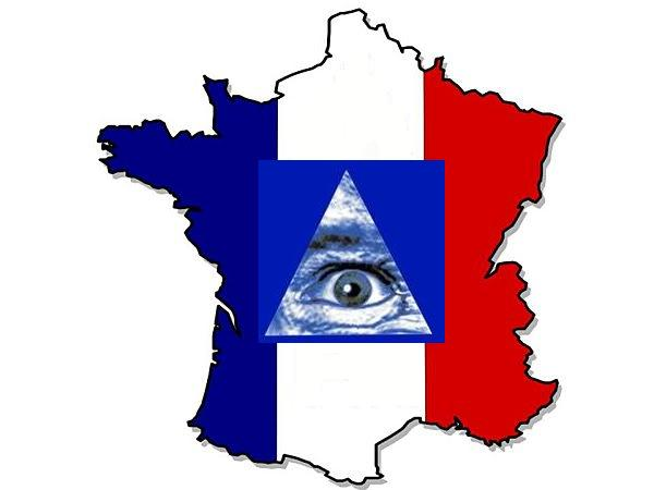 2013-2016 : 666, PUCES IMPLANTABLES, RFID, NANOTECHNOLOGIES, NEUROSCIENCES, N.B.I.C., TRANSHUMANISME ET CYBERNETIQUE ! - Page 2 Francemondialiste