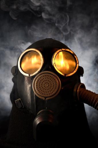 DEPOPULATION VIA LA TECHNOLOGIE NUCLEAIRE - Page 2 Fukushima_masque2