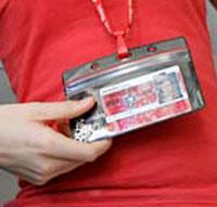 2012 : PUCES IMPLANTABLES, RFID, NANOTECHNOLOGIES, NEUROSCIENCES, N.B.I.C., TRANSHUMANISME  ET CYBERNETIQUE ! - Page 4 RFIDchipstudentID