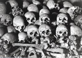 FASCISME, DICTATURE, ETAT-POLICIER, TERRORISME D'ETAT - Page 6 Skulls_zpse26d1df7