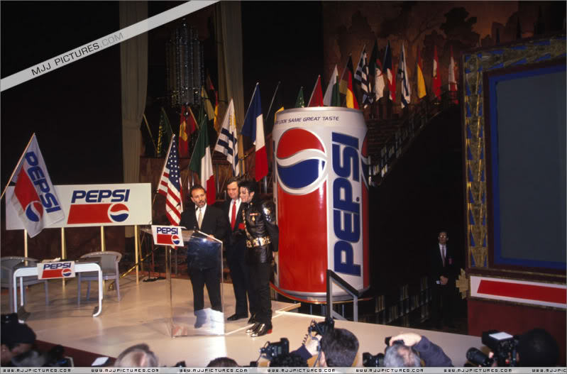 1992- Pepsi & Heal The World Foundation Press Conference 003-21-1