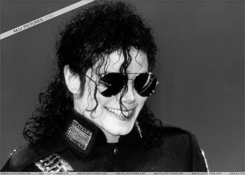 1992- Heal The World Foundation Press Conference 004-19