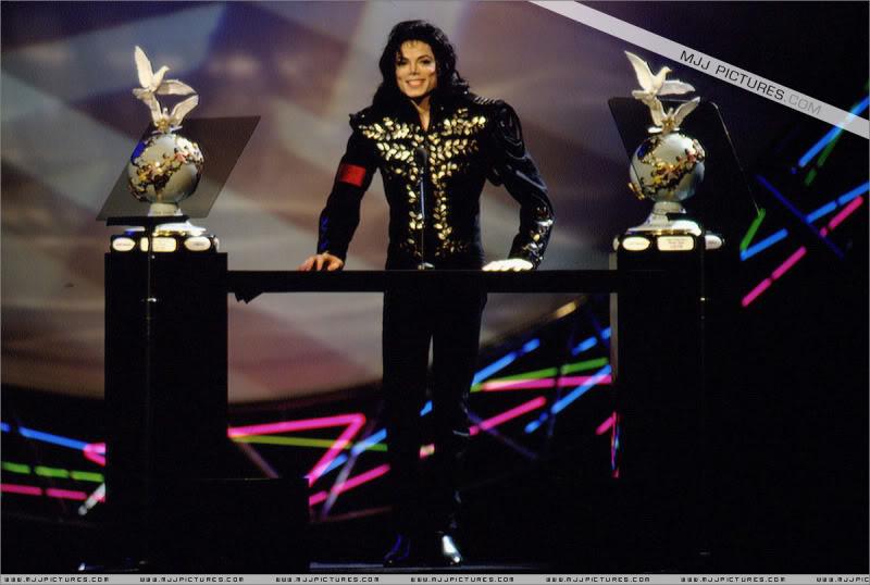 1994- The Jackson Family Honors 004-27