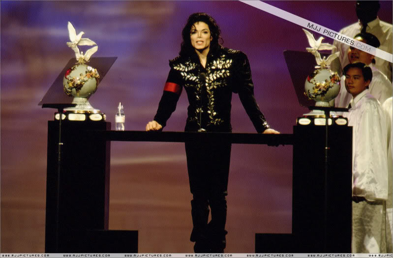 1994- The Jackson Family Honors 005-26