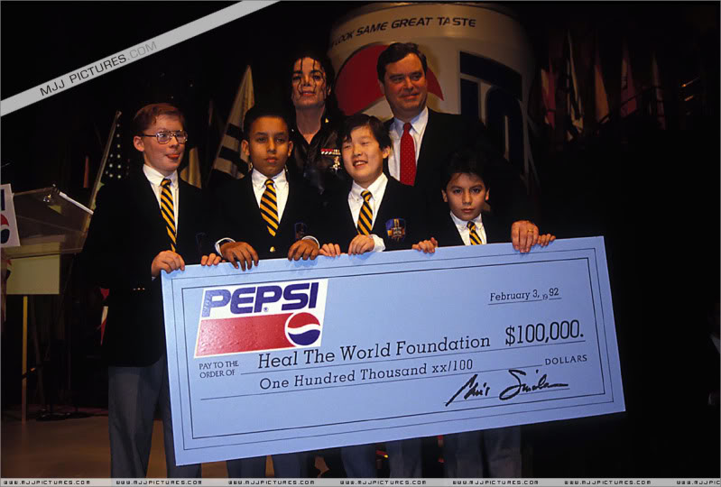 1992- Pepsi & Heal The World Foundation Press Conference 006-17-1