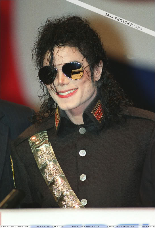 1992- Heal The World Foundation Press Conference 009-16