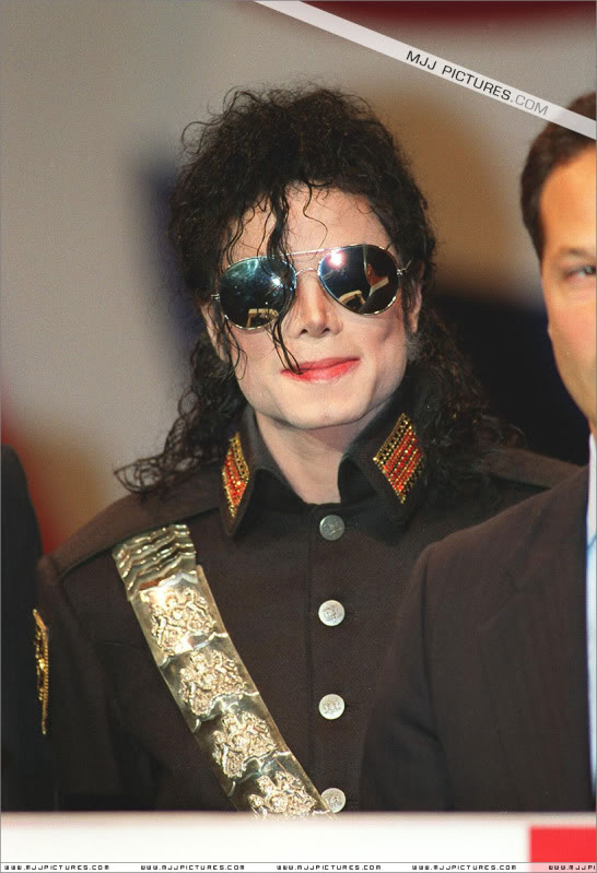 1992- Heal The World Foundation Press Conference 010-16