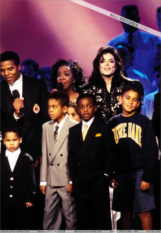 1994- The Jackson Family Honors 010-23
