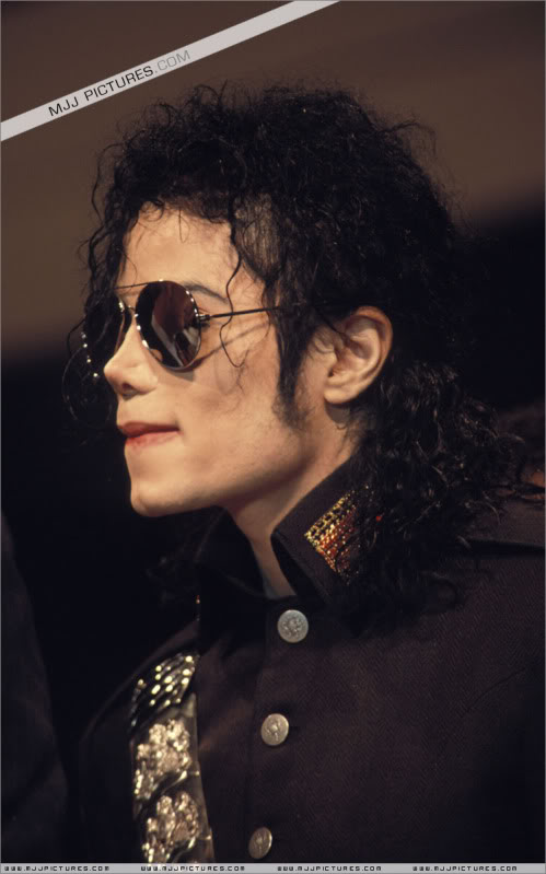 1992- Heal The World Foundation Press Conference 015-12