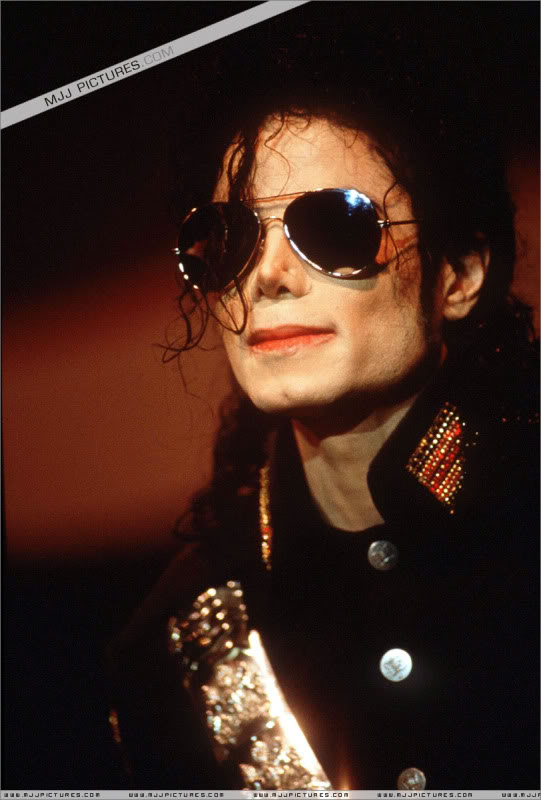 1992- Heal The World Foundation Press Conference 016-10