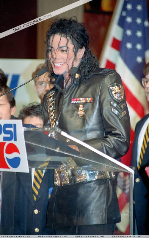 1992- Pepsi & Heal The World Foundation Press Conference 016-11