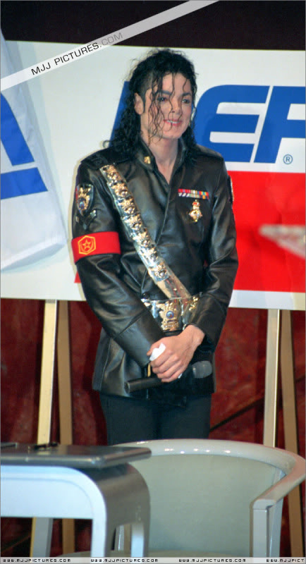 1992- Pepsi & Heal The World Foundation Press Conference 018-11