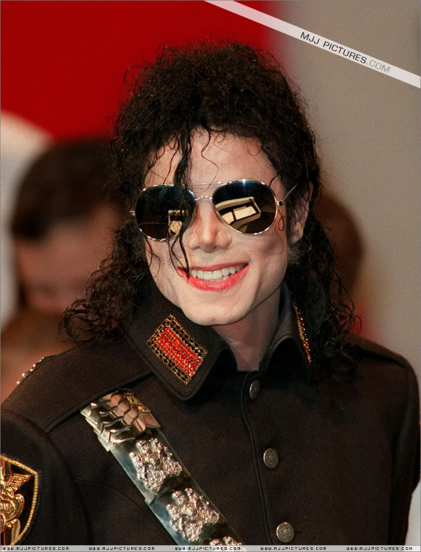 1992- Heal The World Foundation Press Conference 019-10