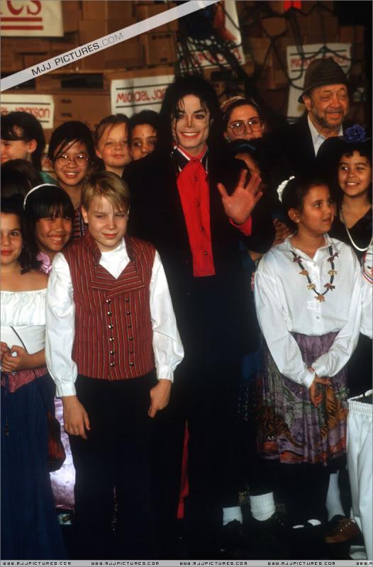 1992- Sending Relief To Sarajevo 023-10