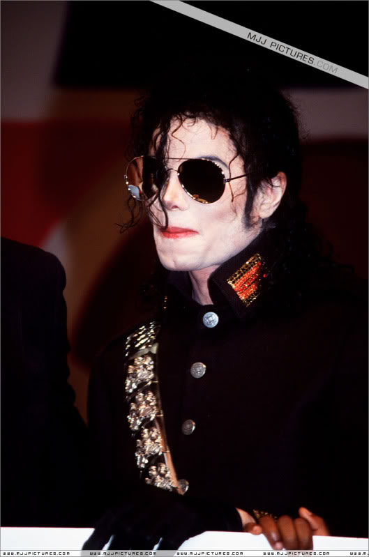 1992- Heal The World Foundation Press Conference 023-8