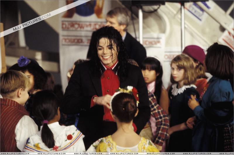 1992- Sending Relief To Sarajevo 025-10