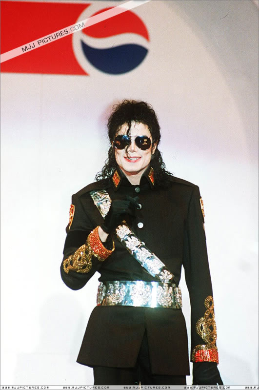 1992- Heal The World Foundation Press Conference 026-8