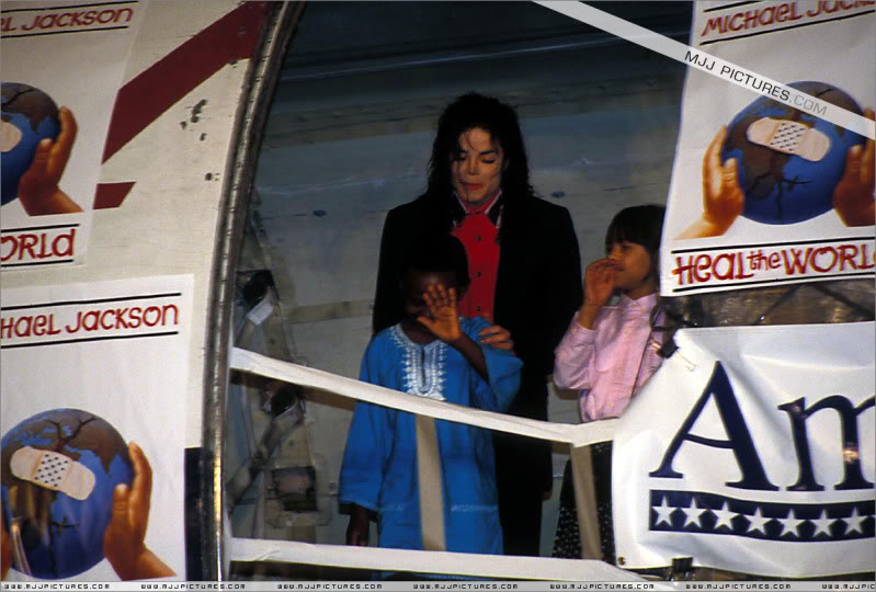 1992- Sending Relief To Sarajevo 027-10