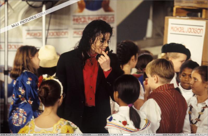1992- Sending Relief To Sarajevo 029-10