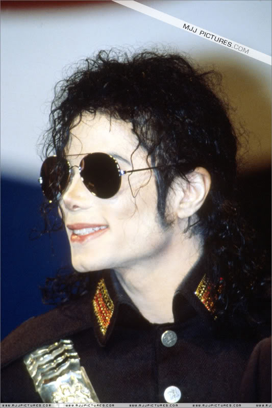 1992- Heal The World Foundation Press Conference 029-8