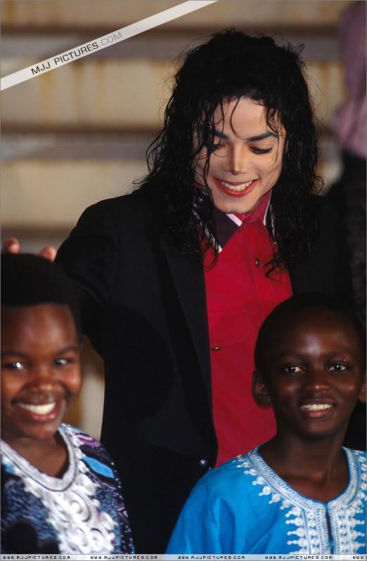 1992- Sending Relief To Sarajevo 031-9