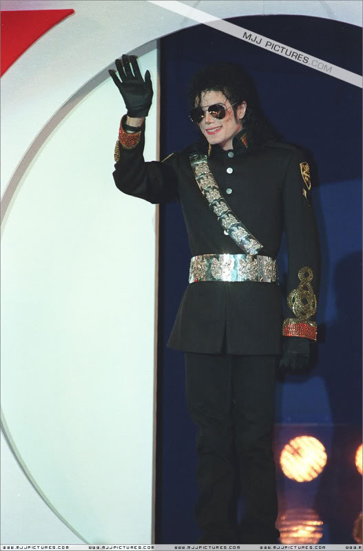 1992- Heal The World Foundation Press Conference 032-7