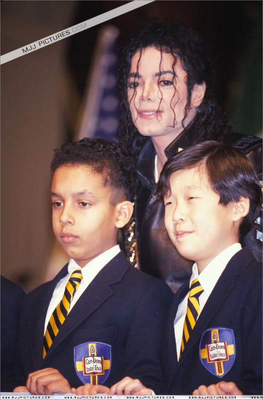 1992- Pepsi & Heal The World Foundation Press Conference 034-8