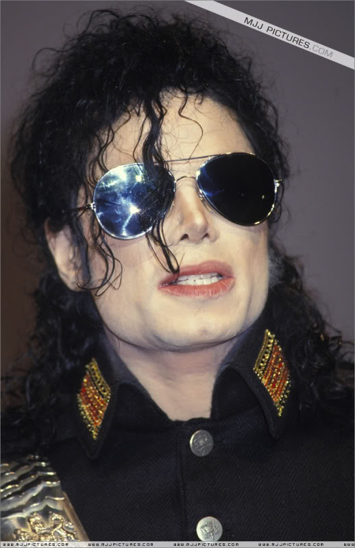 1992- Heal The World Foundation Press Conference 035-6