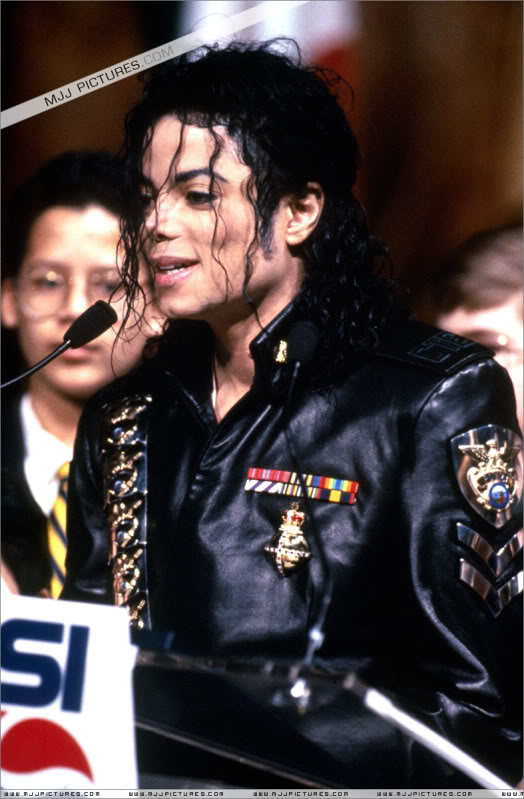 1992- Pepsi & Heal The World Foundation Press Conference 037-6