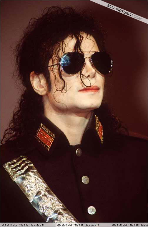 1992- Heal The World Foundation Press Conference 039-5