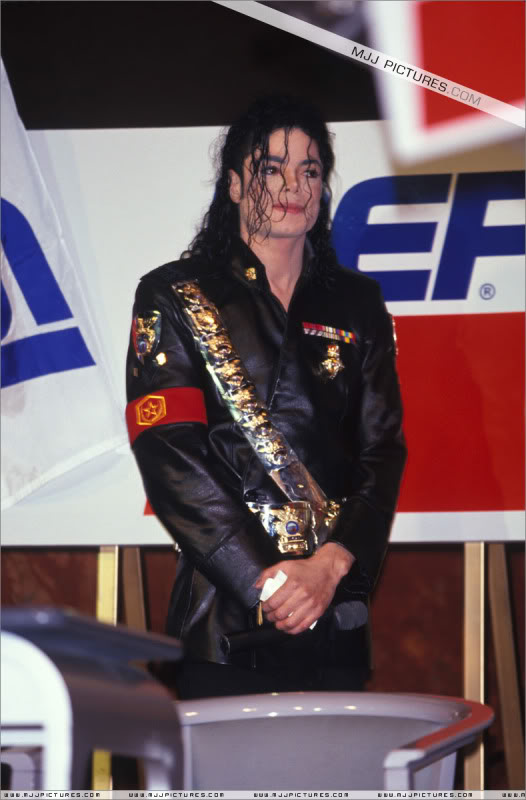 1992- Pepsi & Heal The World Foundation Press Conference 042-6