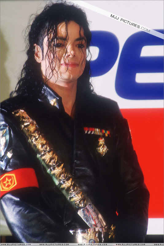 1992- Pepsi & Heal The World Foundation Press Conference 043-6