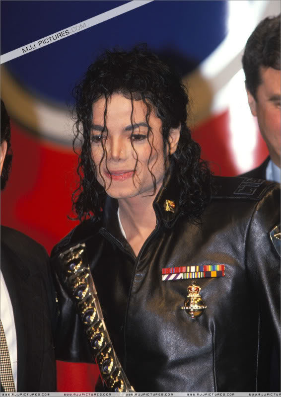 1992- Pepsi & Heal The World Foundation Press Conference 049-5